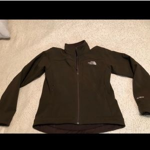 Woman's north face apex jacket